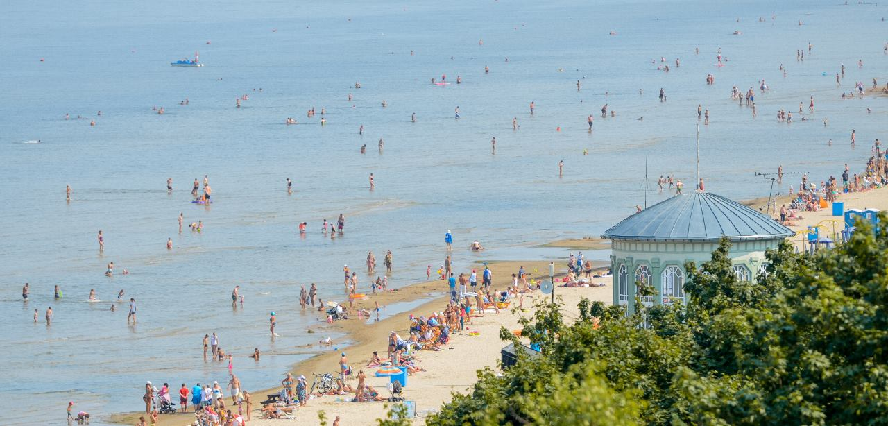 jurmala-beach-latvia-travel.jpg